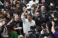 Democratic presidential candidate Beto O'Rourke greets students in the HUB Robeson Center on the Penn State campus Tuesday, March 19, 2019.